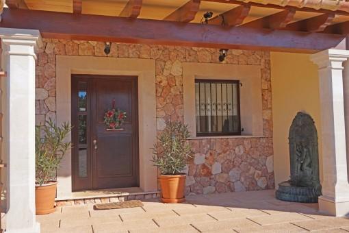 Hauseingang der Finca
