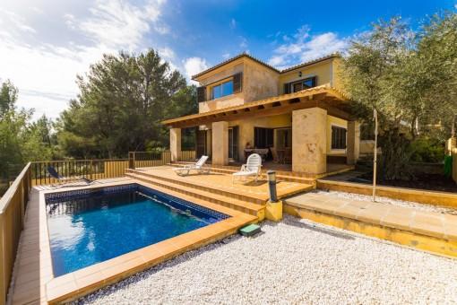 Großzügiges Einfamilienhaus in der Cala Mesquida