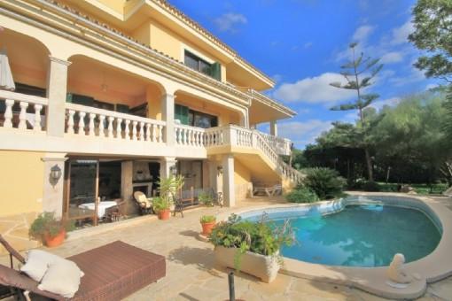 Großes Apartment mit Südlage in Sa Cabaneta zu vermieten