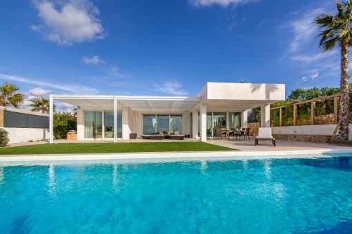 Hightech-Haus mit High-Class Blick in der Nähe von Palma