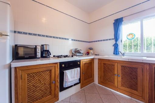 Separate und rustikale Küche