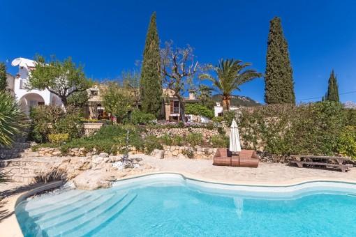 Romantische Finca mit Panoramablick in der traumhaften Gegend von Es Capdella