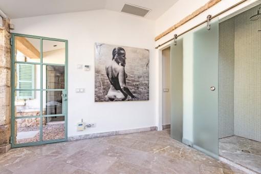 Duschen des Spabereichs