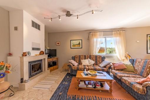 charmantes chalet mit meerblick in der n he von palma zu kaufen. Black Bedroom Furniture Sets. Home Design Ideas