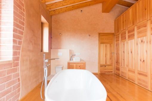 Badezimmer mit ausreichend Platz