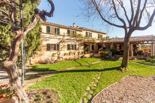 Charaktervolles Anwesen aus dem 19. Jahrhundert in Establiments, wenige Minuten von Palma entfernt