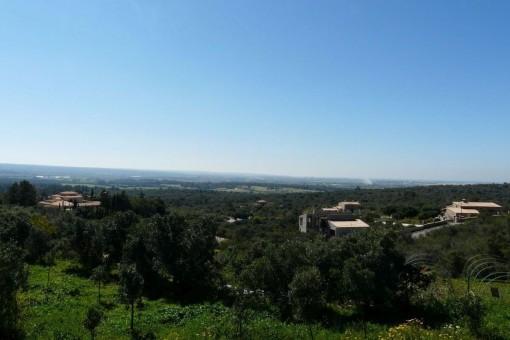 Großes Grundstück mit Blick auf die Bucht von Palma in der exklusiven Villen-Siedlung Puntiró