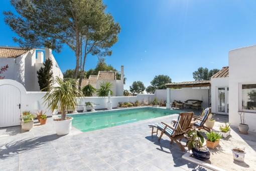 Charmantes Chalet mit privatem Garten und Pool in Sol de Mallorca
