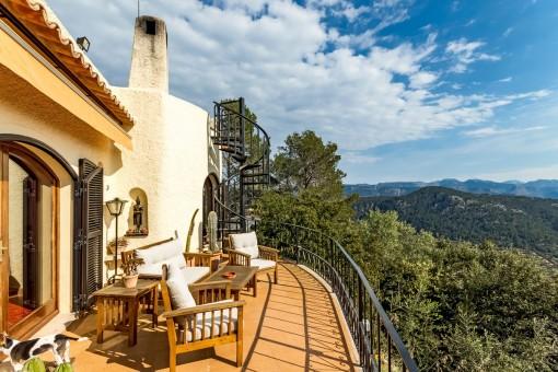 Liegenschaft mit Panoramablick auf die Natur, Palma und das Meer!