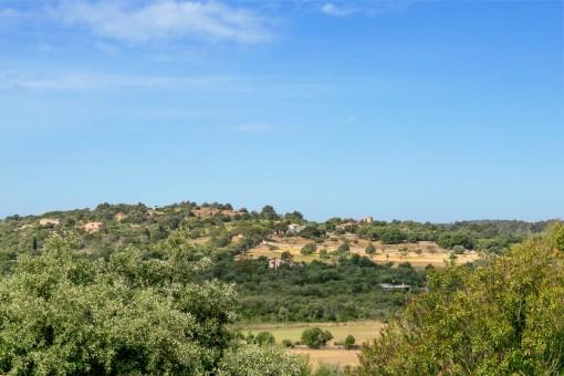 Herrlicher Landschaftsblick vom Grundstück aus