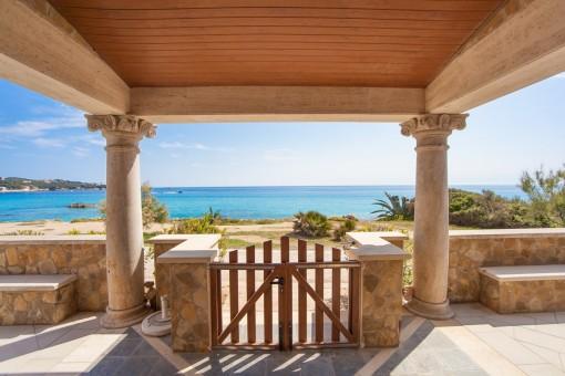 Villa in erster Meereslinie in Cala Ratjada
