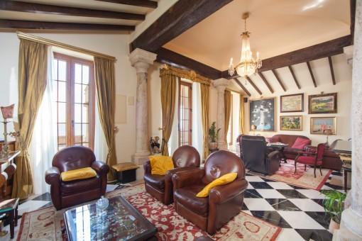 Offener Wohn- und Loungebereich