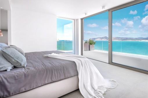 Hauptschlafzimmer mit Meerblick