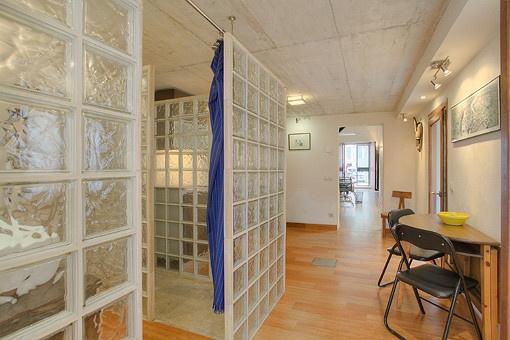 sch nes helles erdgeschossb ro in palmas altstadt zur miete. Black Bedroom Furniture Sets. Home Design Ideas