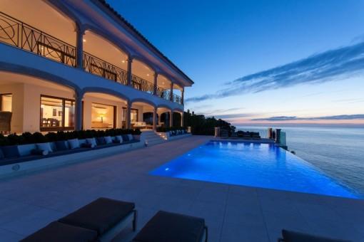Fantastische Luxusvilla mit Traumausblick auf La Mola