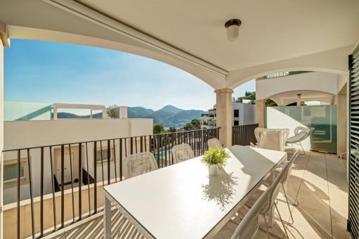 Modernes Apartment mit Hafenblick in Puerto Andratx