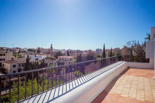 Blick über Palma vom Balkon aus