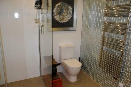 Badezimmer mit Heizung