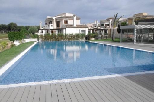 Wohnen direkt am Golfplatz von Marina Golf Santa Ponsa