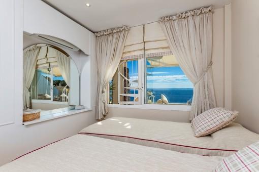 Blick auf das Mittelmeer vom Schlafzimmer aus