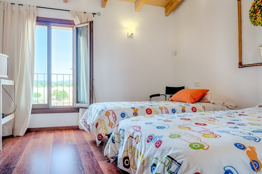Zweibettzimmer mit Panoramafentern