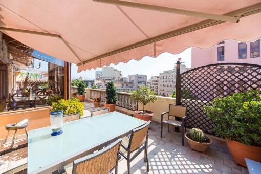 Fantastisches Penthaus im Herzen Palmas (Avenidas) mit großer Terrasse, Parkplatz und Aufzug