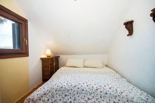 Schlafzimmer mit Tageslicht