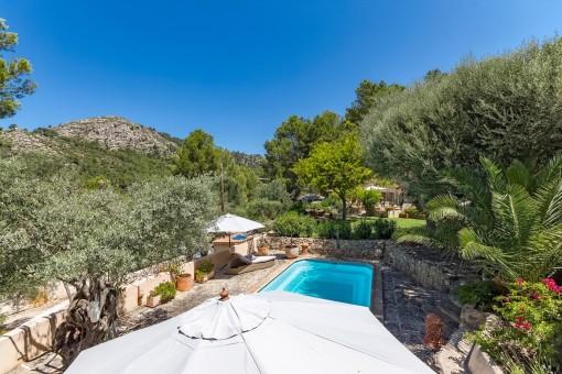 Gartenbereich mit schönem Panoramablick