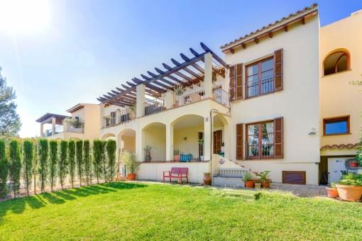 Komfortables Haus mit Garten in exzellenter Umgebung in Bendinat