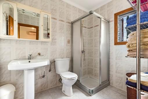Kleineres Duschbadezimmer