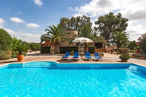 Große schöne Finca mit separatem Apartment, Garten, Pool und Panoramablick direkt bei Selva