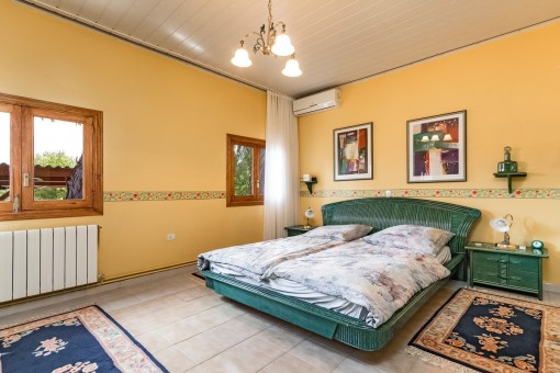 Freundliches Doppelschlafzimmer mit Klimaanlage