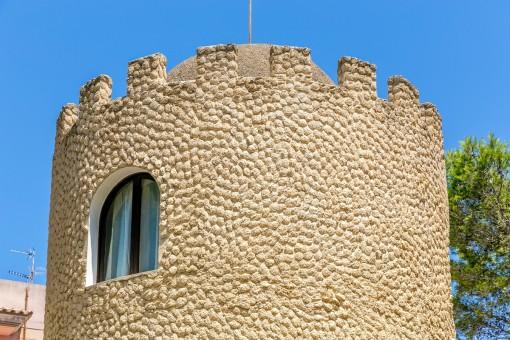 Außenansicht des Turms