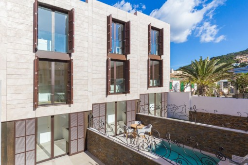 Neubau-Projekt: 3 moderne Townhäuser im Herzen von Puerto Andratx