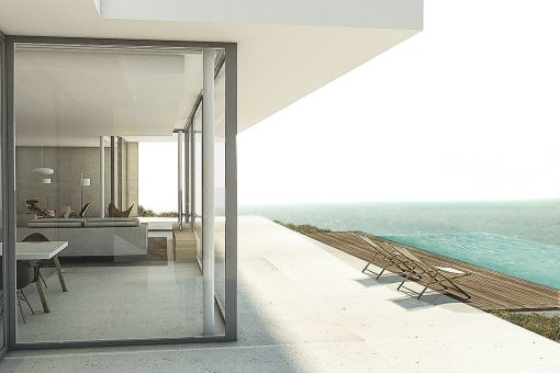 Poolbereich mit atemberaumbenden Blick auf das Mittelmeer