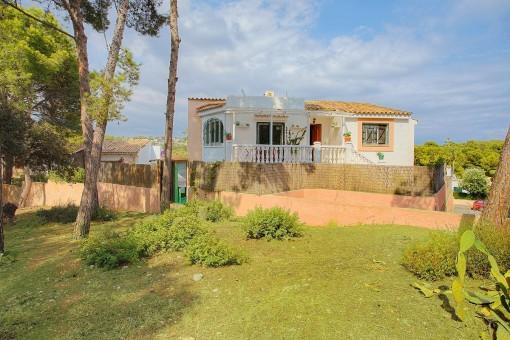 Haus mit Terrassen und Pool, nur 300 Meter vom Meer entfernt in Portals Nous