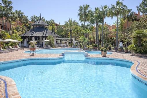 Geräumige, komfortable Villa mit sehr großer Garage in einer gepflegten Anlage in Santa Ponsa