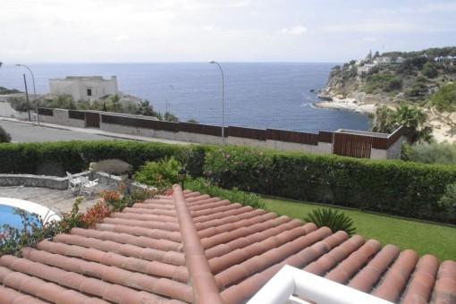 Einmaliger Meerblick von der Dachterrasse