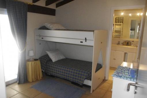 Schlafzimmer mit Stockbett