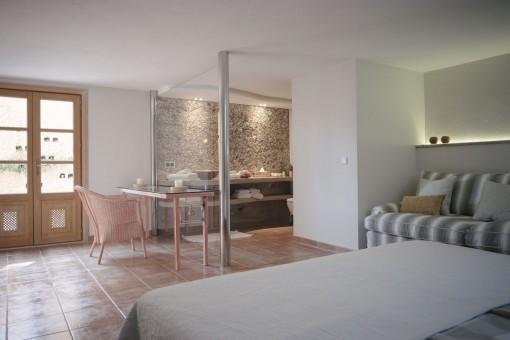 Tolles Doppelschlafzimmer mit Bedzimmer en Suite