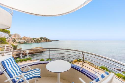 Schöne Wohnung in erster Meereslinie in San Augustin