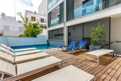 Moderne Penthouse mit tollem Blick auf die Umgebung zu einem attraktiven Preis