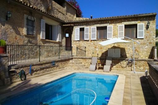 Schönes Dorfhaus in Marratxinet, mit tollem Weitblick, Terrassen und Pool