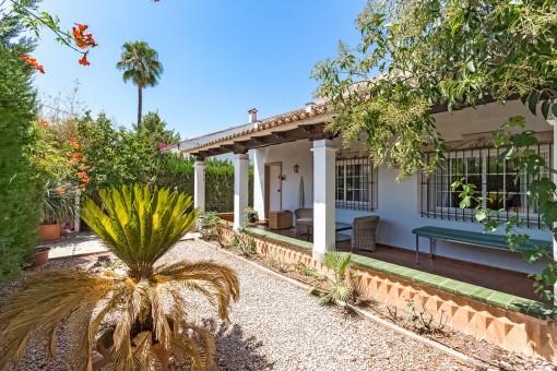 Geräumige, renovierte Villa mit Pool in der Nähe von Palma