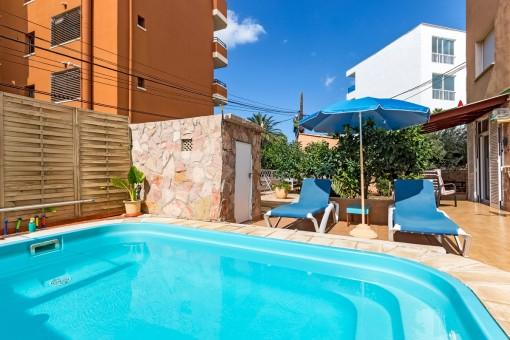 Apartment in Santa Ponsa in ruhiger Lage mit Terrassen und in unmittelbarer Strandnähe