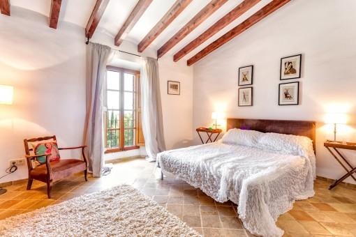 Gemütliches und helles Schlafzimmer