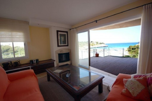 Tolles Chalet mit Meerblick und Strandzugang in Cala Mandia