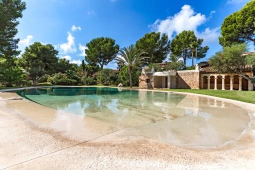 Mediterranes Haus in einer Wohnalage in Santa Ponsa