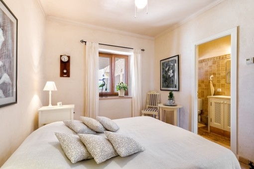 Freundliches Doppelschlafzimmer mit Badezimmer en Suite