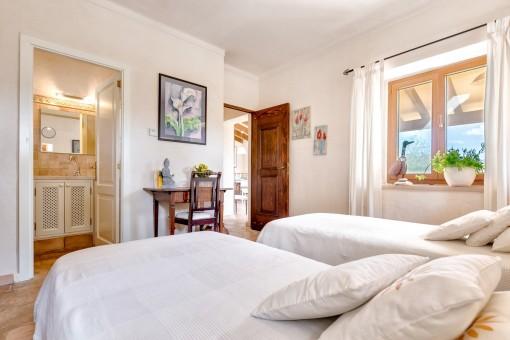 Das Gästehaus bietet 2 Schlafzimmer